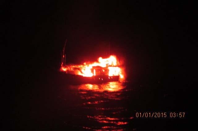boatfire0
